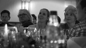 Publikum bei der crime dinner show
